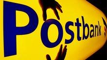 """""""Finger weg von der Postbank"""" - Hände auf Postbank-Logo"""