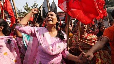 Protestierende Näherinnen in Bangladesh