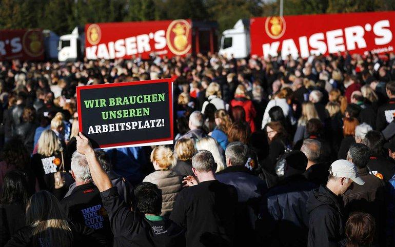 Kaiser's Tengelmann-Beschäftigte hoffen auf den Erhalt ihrer Arbeitsplätze