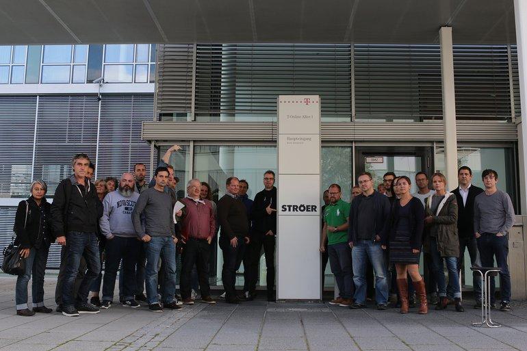 Rund zwei Wochen nach der Ankündigung von Ströer, die T-Online-Redaktion in Darmstadt aufzulösen und mehr als 100 Redakteure auf die Straße zu setzen, warten die Mitarbeiter/innen noch immer auf eine Erklärung.