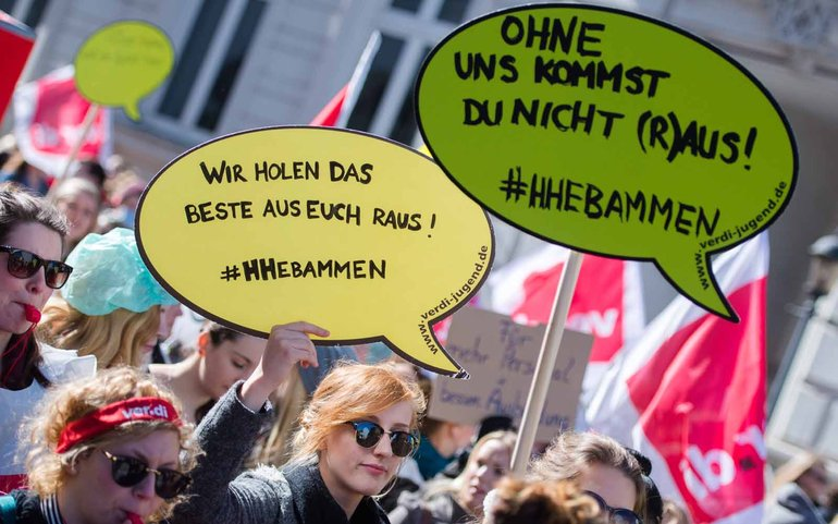 Warnstreik der Hamburger Hebammen am 21. April 2016