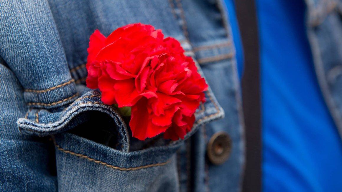 1. Mai ohne rote Nelke geht gar nicht