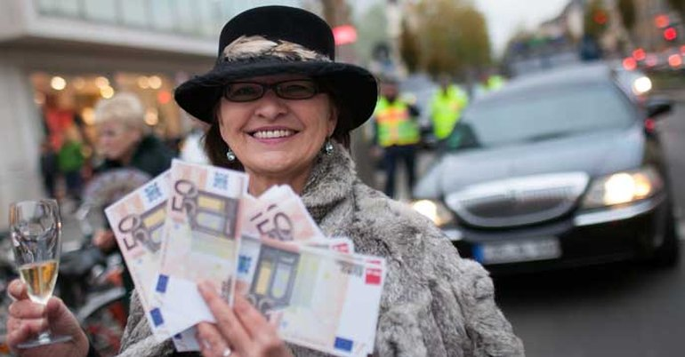 Das Geld liegt auf der Straße