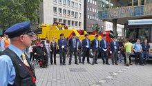 Beschäftigte protestieren in der Pforzheimer Innenstadt gegen die drohende Abwicklung der SVP
