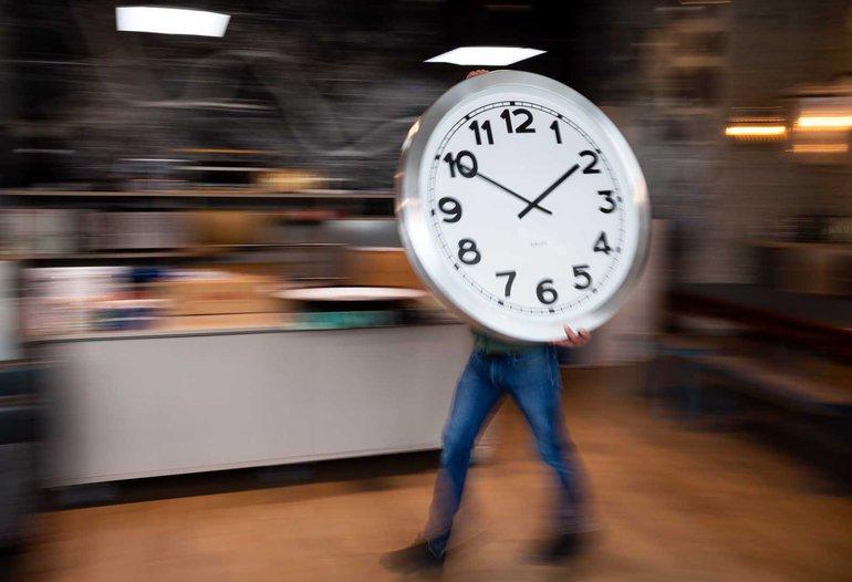 Zeitumstellung: Wer hat an der Uhr gedreht...?