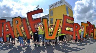 Her mit dem Tarifvertrag – die Amazon-Beschäftigten streiken seit Jahren immer wieder für einen Tarifvertrag
