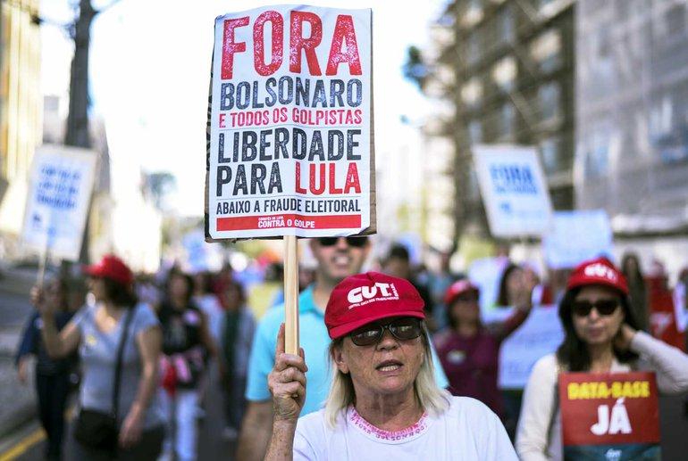 Weg mit Bolsonaro, Freiheit für Lula! Millionen in ganz Brasilien folgten am 14. Mai dem Aufruf der Gewerkschaften zum Generalstreik