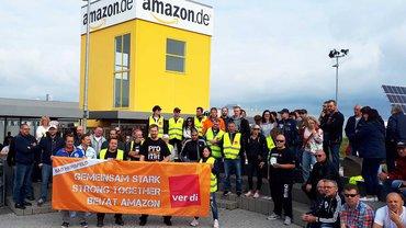 Streikbruchprämien statt Tarif? Nicht mit ihnen! Erneut streiken in Bad Hersfeld Amazon-Beschäftigte für faire Löhne