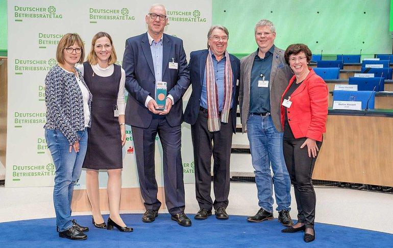 Die Bronzepreisträger des Deutschen Betriebsrätetages 2019: Der Konzernbetriebsrat und die -schwerbehindertenvertretung der Leipziger Versorgungs- und Verkehrsgesellschaft