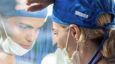 Im Dauereinsatz, eine von vielen Pflegekräften