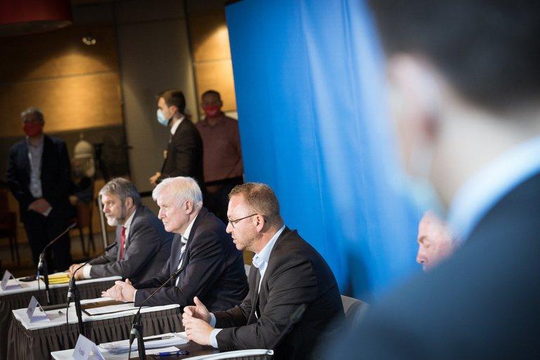 Pressekonferenz 25.10.2020 in Potsdam