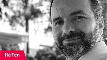 Fabian Goiny, 37, arbeitet im Pkw-Umschlag Wasserseite bei dem BLG AutoTerminal Bremerhaven GmbH & Co. KG